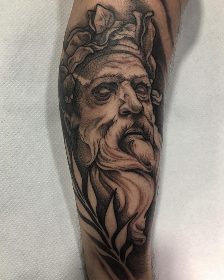 tatuaje anciano epico